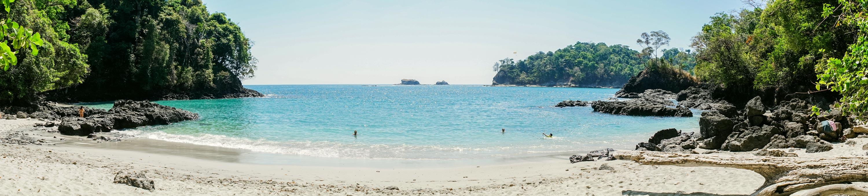 Bild vom Strand im Nationalpark Manuel Antonio